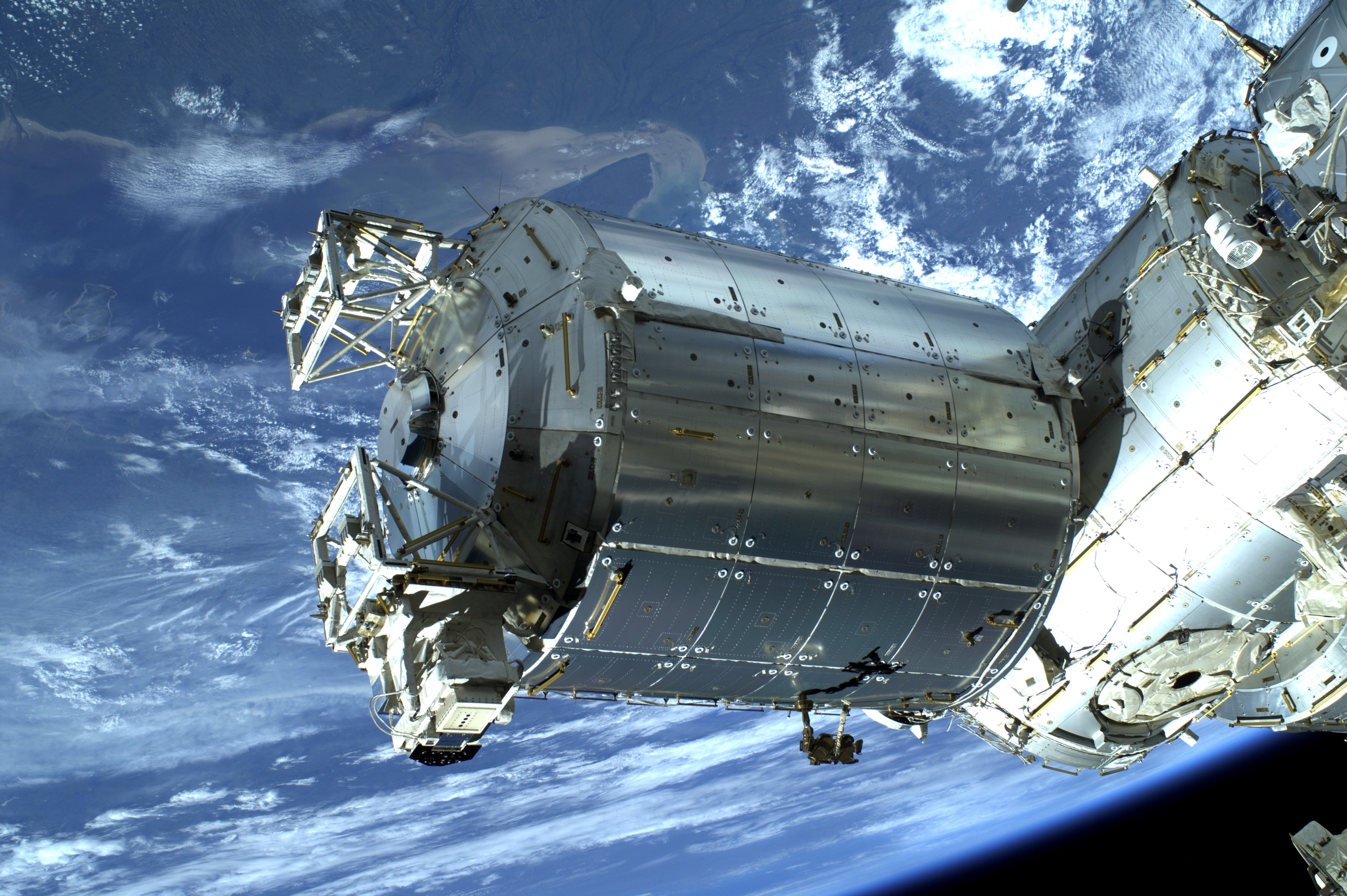 ISS Columbia